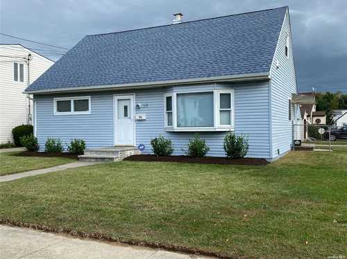 $499,000 - 3Br/2Ba -  for Sale in Valley Stream