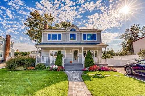 $729,000 - 4Br/2Ba -  for Sale in Levittown
