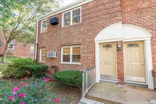 $389,000 - 2Br/1Ba -  for Sale in Alley Pond, Bayside
