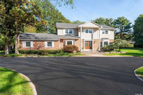 $1,829,000 - 5Br/4Ba -  for Sale in Muttontown