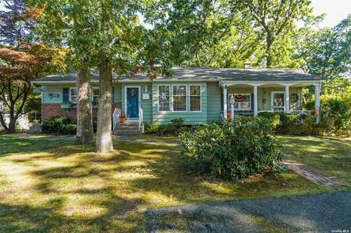 $499,000 - 3Br/1Ba -  for Sale in Commack