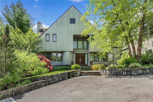 $1,495,000 - 7Br/7Ba -  for Sale in Morningside, Harrison