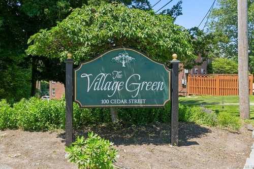 $449,000 - 2Br/1Ba -  for Sale in Village Green, Greenburgh