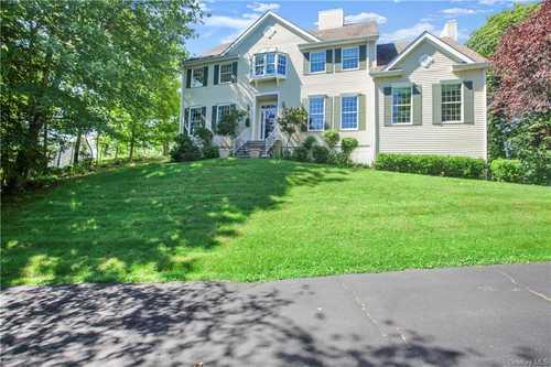 $800,000 - 4Br/4Ba -  for Sale in North Salem