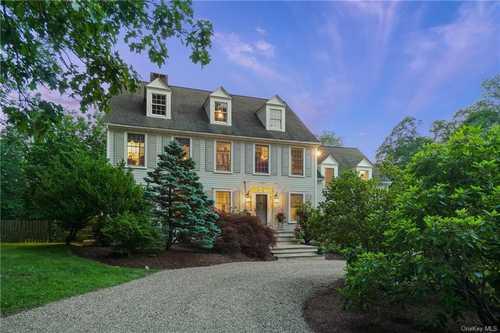 $1,695,000 - 4Br/3Ba -  for Sale in North Salem