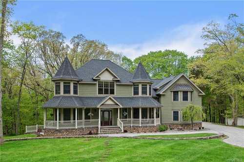 $1,450,000 - 4Br/5Ba -  for Sale in Pound Ridge