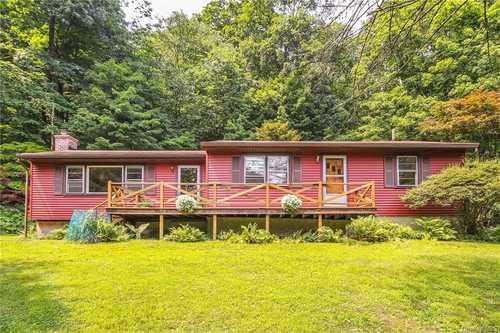 $425,000 - 3Br/1Ba -  for Sale in Lake Katonah, Lewisboro