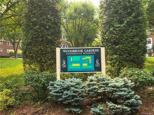 $275,000 - 2Br/1Ba -  for Sale in Woodbrook Gardens, Greenburgh