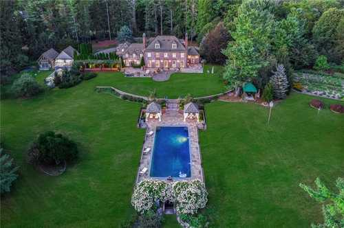 $3,550,000 - 5Br/7Ba -  for Sale in North Castle