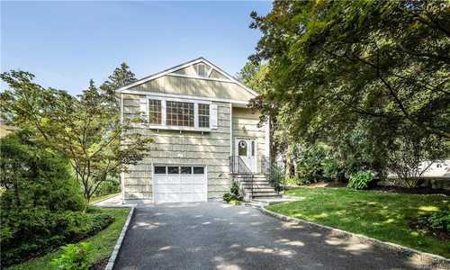 $869,000 - 3Br/2Ba -  for Sale in New Castle