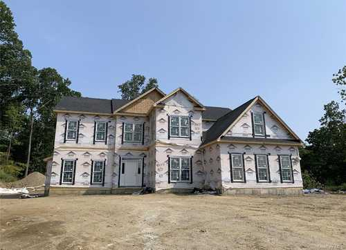 $1,895,000 - 5Br/4Ba -  for Sale in Briarcliff Estates, Ossining