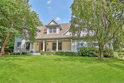 $1,279,000 - 4Br/3Ba -  for Sale in North Castle