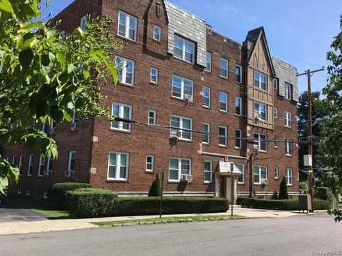 $228,500 - 1Br/1Ba -  for Sale in Eastchester Estates, Eastchester