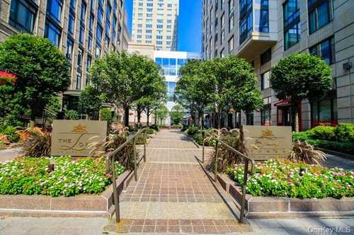 $619,000 - 2Br/3Ba -  for Sale in Trump Tower At City Cent, White Plains