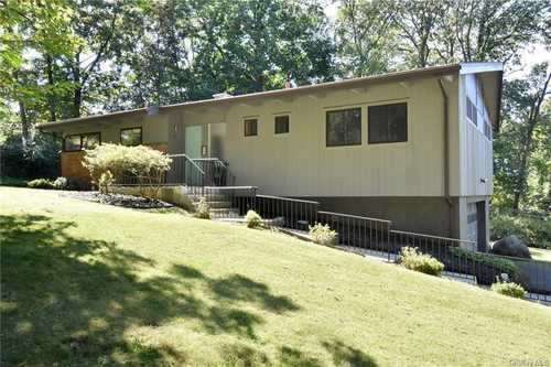 $1,050,000 - 3Br/2Ba -  for Sale in Greenburgh