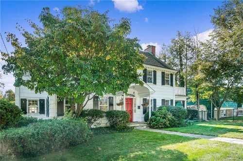 $725,000 - 4Br/3Ba -  for Sale in Rye