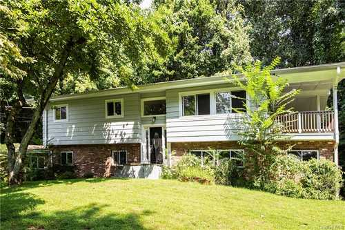 $849,000 - 4Br/3Ba -  for Sale in Bedford