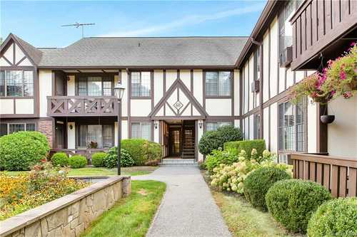 $449,000 - 1Br/2Ba -  for Sale in Foxwood, Mount Pleasant