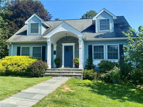 $699,000 - 4Br/2Ba -  for Sale in Mount Pleasant