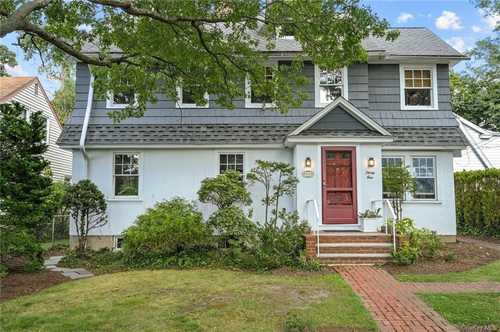 $750,000 - 4Br/2Ba -  for Sale in Greenburgh
