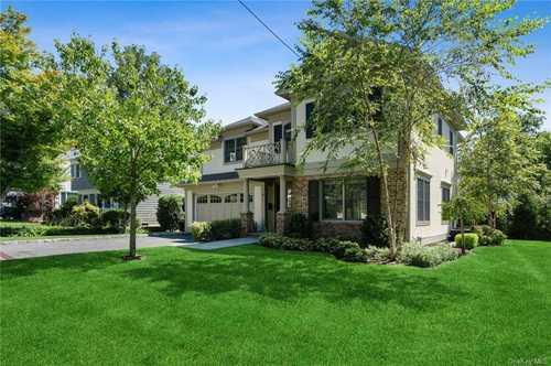 $2,320,000 - 5Br/6Ba -  for Sale in Scarsdale