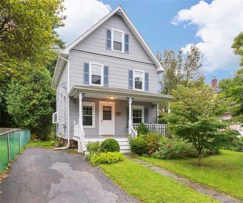$599,000 - 3Br/2Ba -  for Sale in Mount Pleasant