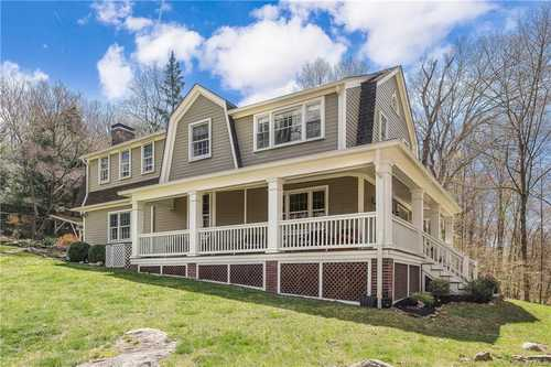 $1,225,000 - 4Br/4Ba -  for Sale in Mount Pleasant