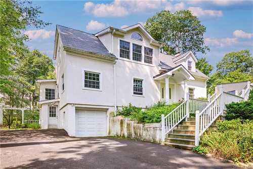 $1,050,000 - 3Br/3Ba -  for Sale in New Rochelle