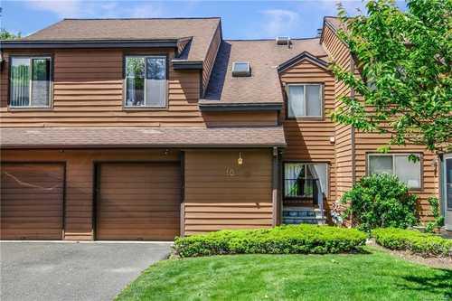 $637,000 - 3Br/4Ba -  for Sale in Pennybridge Manor, Greenburgh