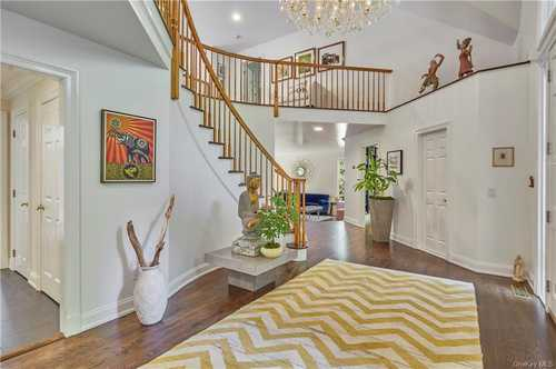 $1,950,000 - 5Br/5Ba -  for Sale in Bedford