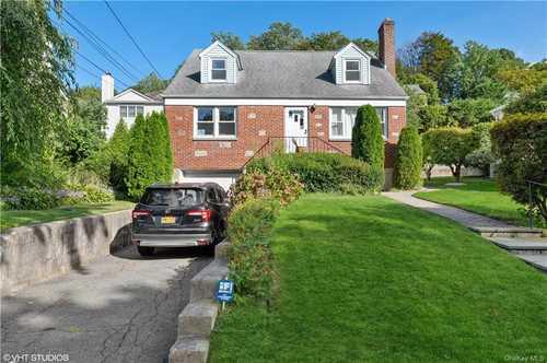 $750,000 - 4Br/2Ba -  for Sale in Eastchester