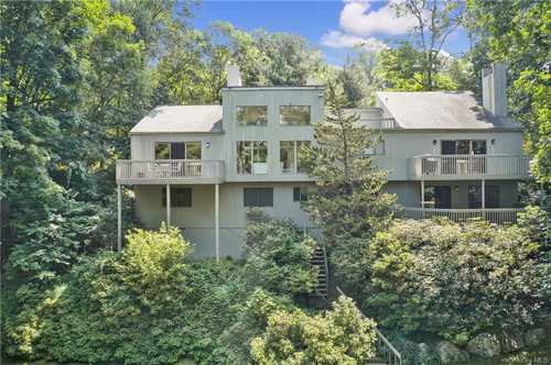 $1,175,000 - 4Br/5Ba -  for Sale in New Castle