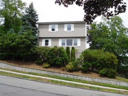 $599,999 - 3Br/2Ba -  for Sale in Lawrence Park Neighborho, Yonkers