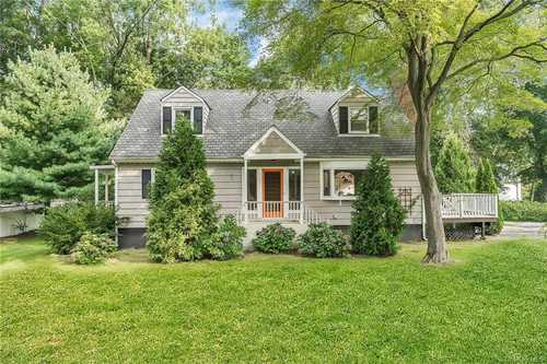 $699,999 - 5Br/2Ba -  for Sale in Greenburgh