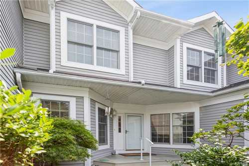 $1,199,900 - 3Br/3Ba -  for Sale in Club Pointe, White Plains