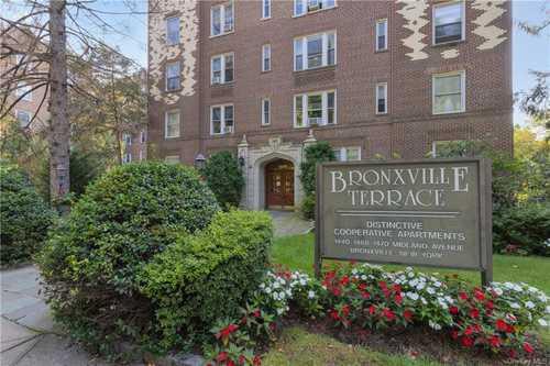 $325,000 - 2Br/2Ba -  for Sale in Bronxville Terrace, Yonkers