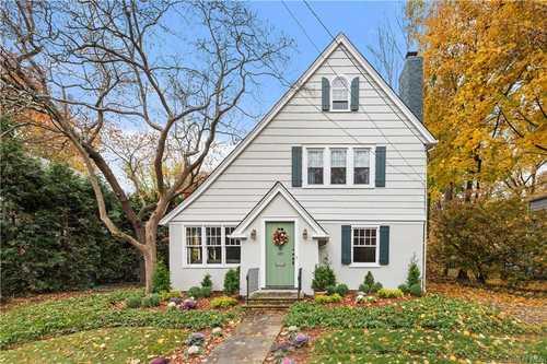 $799,000 - 3Br/3Ba -  for Sale in Longvale, Yonkers