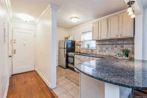 $265,000 - 2Br/1Ba -  for Sale in Tappan Manour, Greenburgh