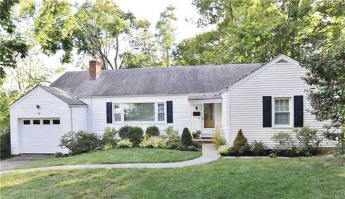 $824,900 - 4Br/3Ba -  for Sale in Greenburgh