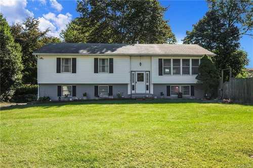 $449,900 - 3Br/3Ba -  for Sale in Cortlandt