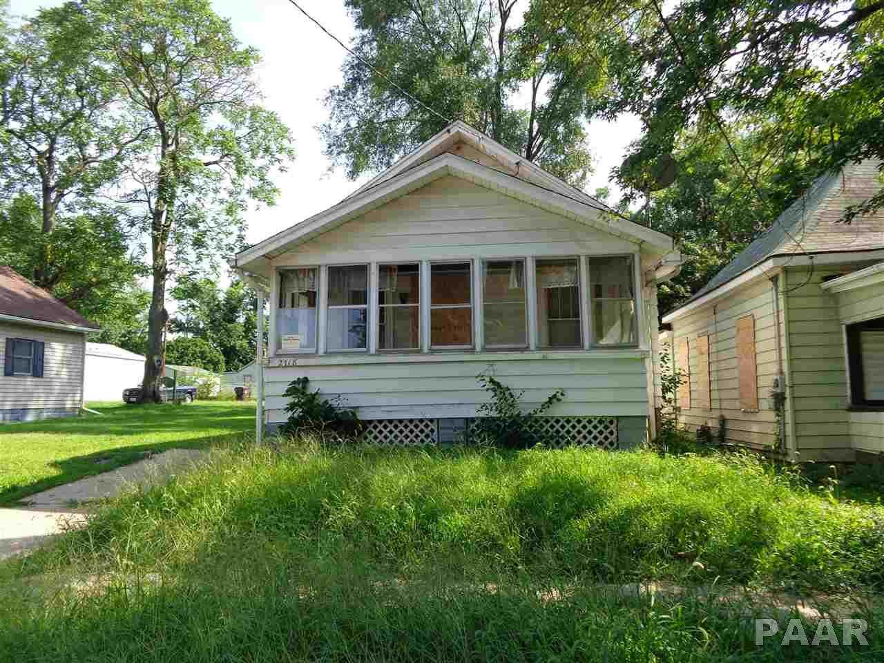 $10,000 - 3Br/1Ba -  for Sale in Darst Place, Peoria