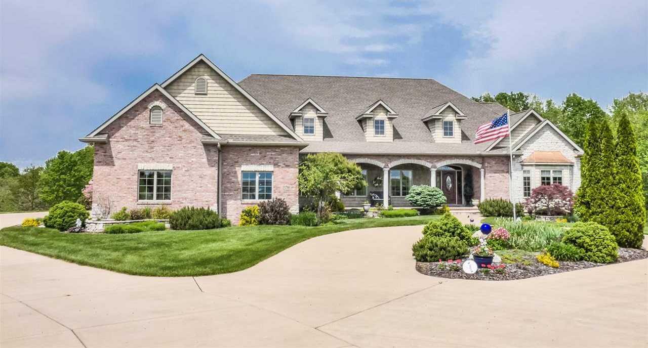 $749,500 - 5Br/5Ba -  for Sale in Country Lane Acres, Trivoli