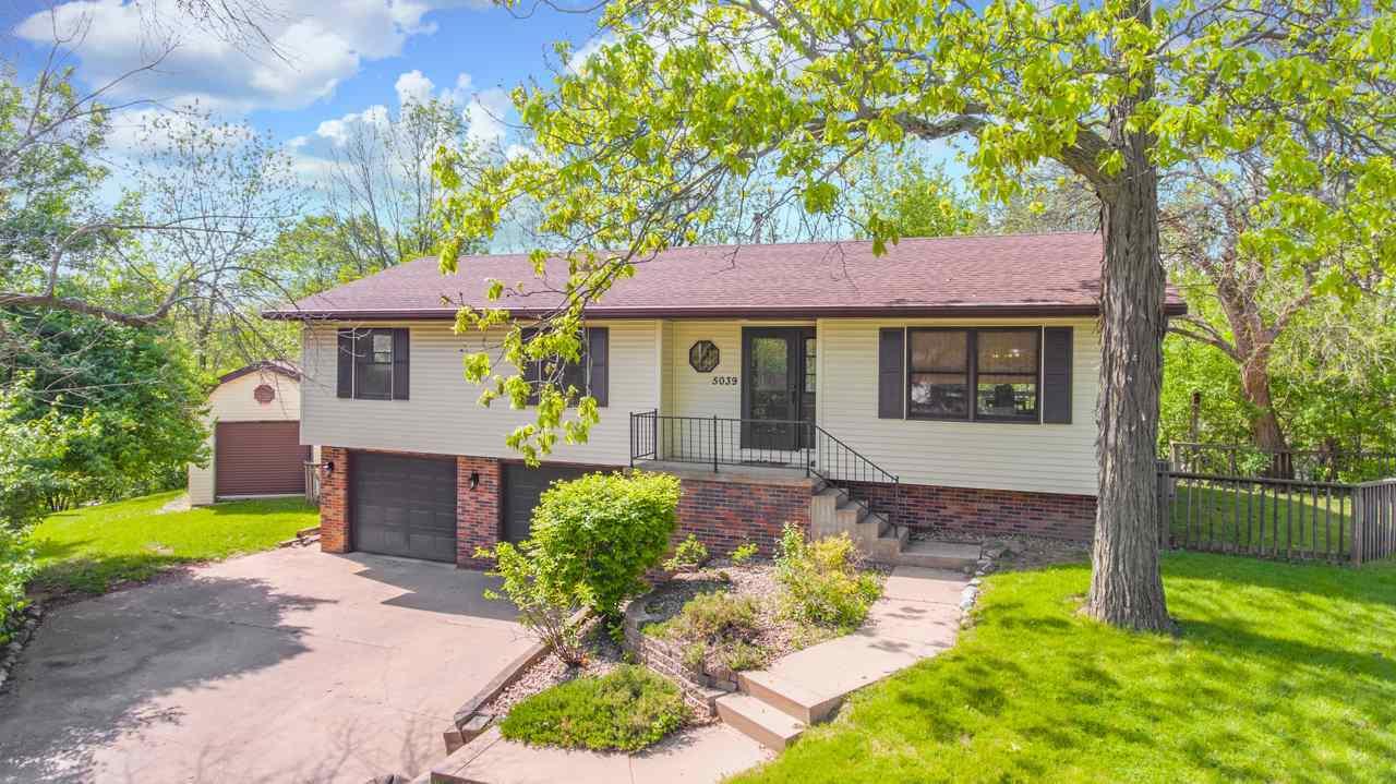 Homes for Sale in Rolling Acres - Kepple Real Estate Group — Keller