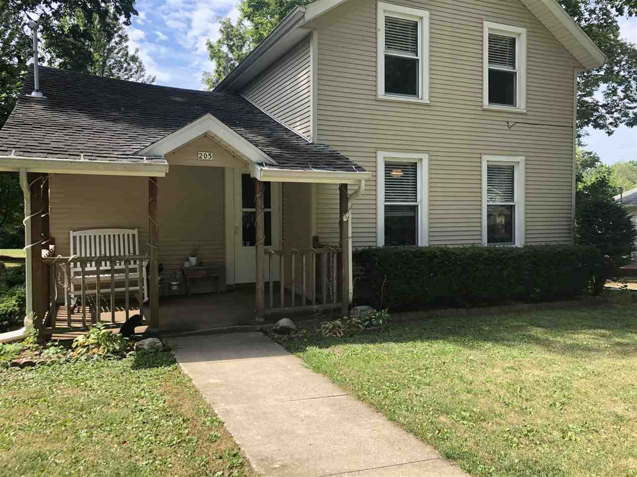 $104,900 - 3Br/1Ba -  for Sale in None, Danvers