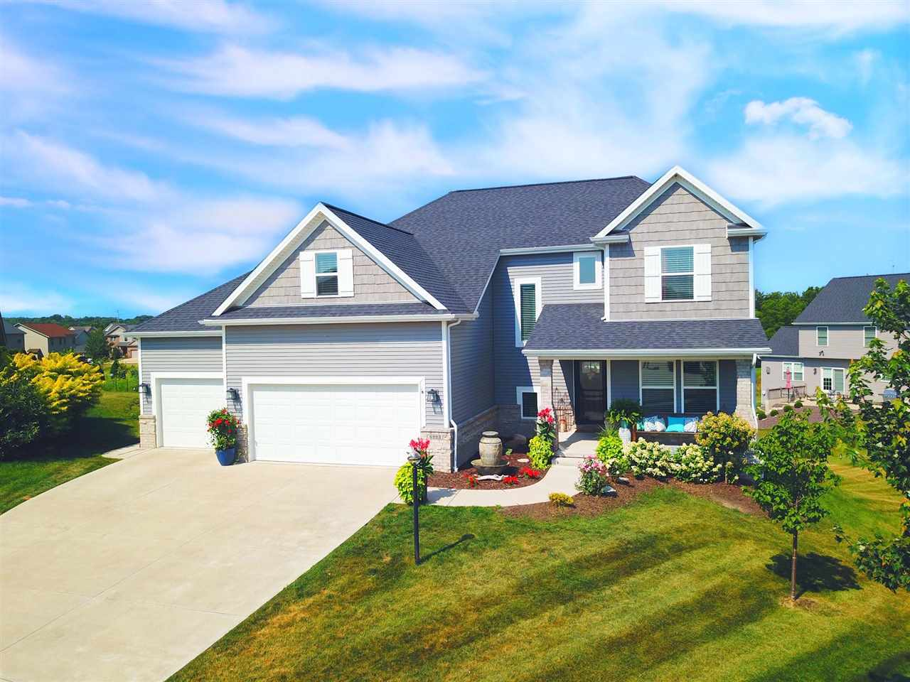 $389,900 - 5Br/4Ba -  for Sale in Sommer Place, Edwards