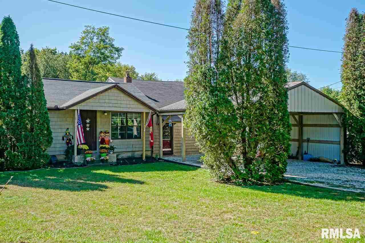 $89,900 - 3Br/1Ba -  for Sale in Town Acre Home, North Pekin