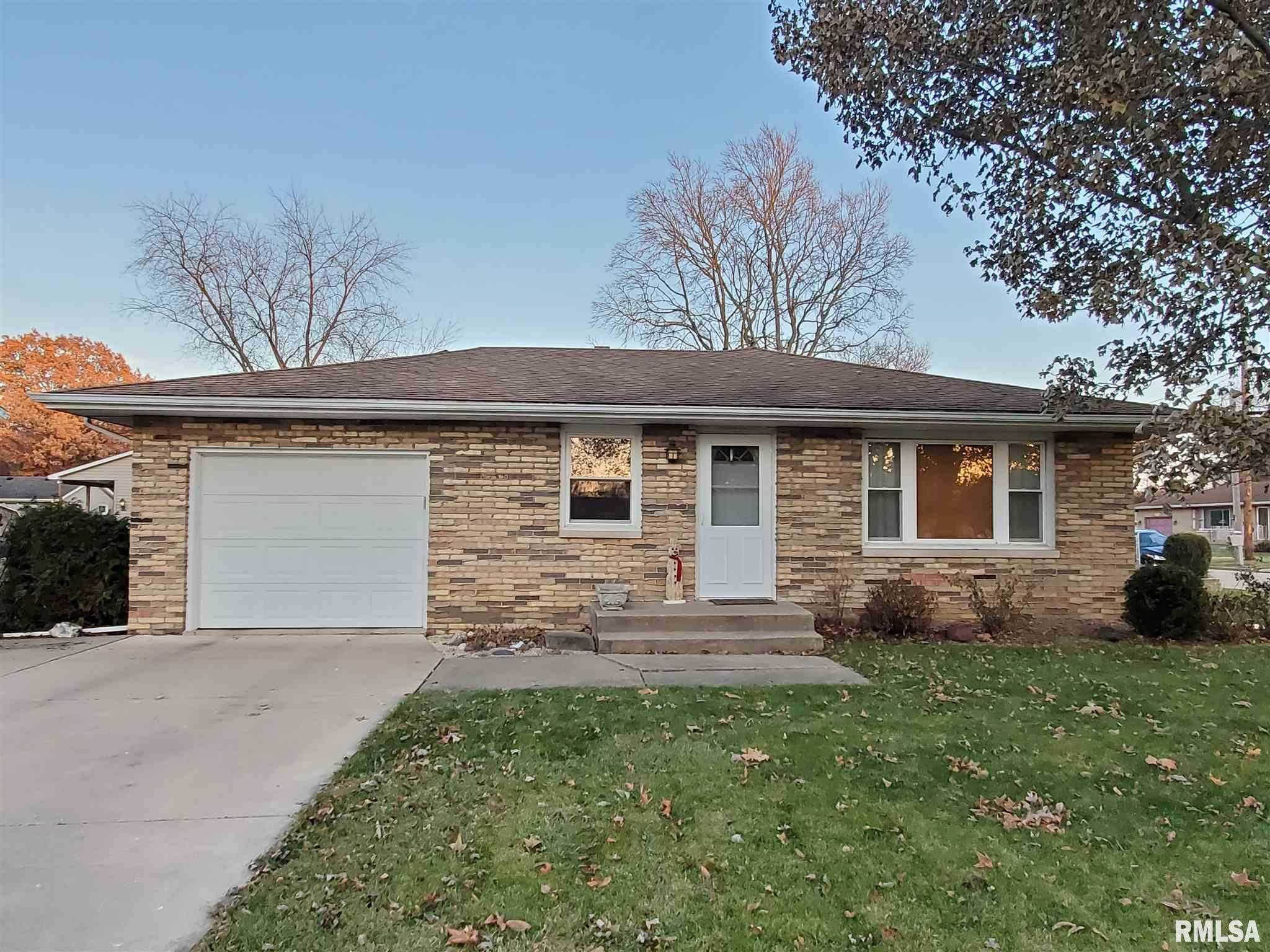 $139,990 - 3Br/2Ba -  for Sale in Neukam Highland, East Peoria