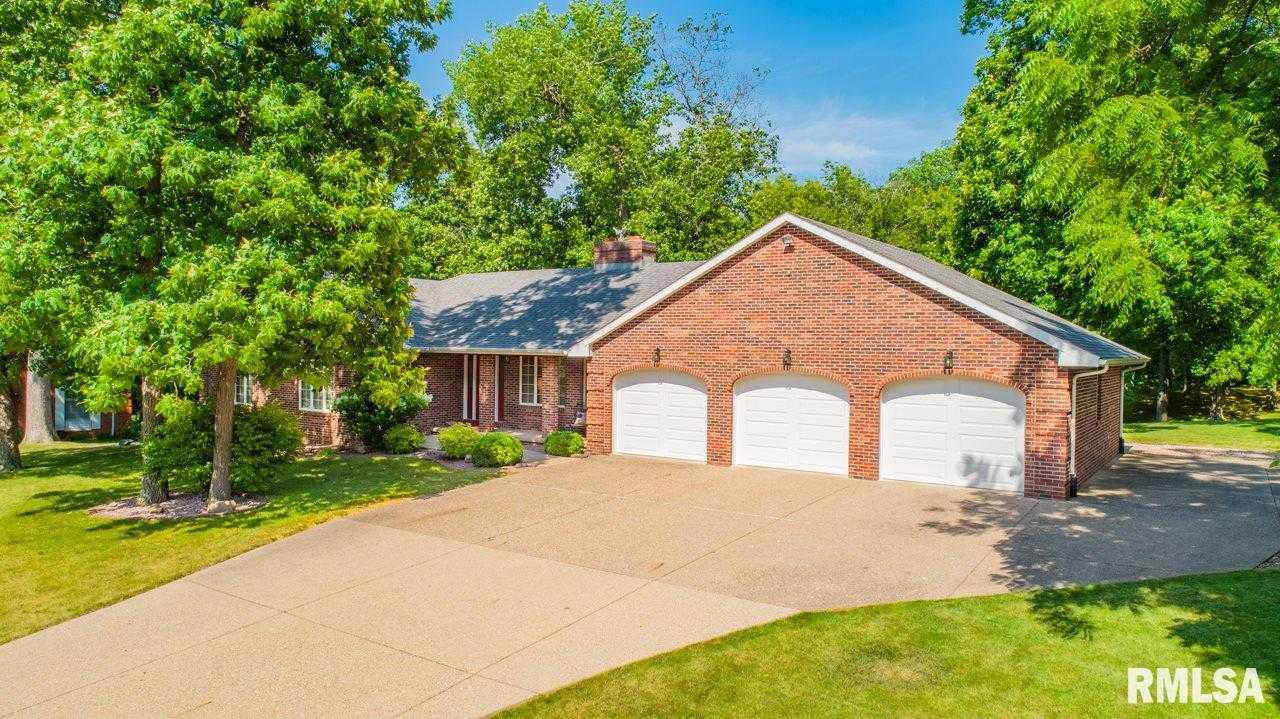 $320,000 - 4Br/4Ba -  for Sale in Grand Oak, Groveland