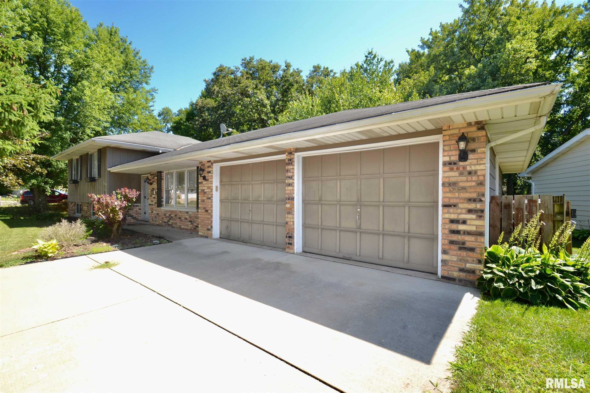 $159,900 - 4Br/3Ba -  for Sale in Lynnhurst, Peoria