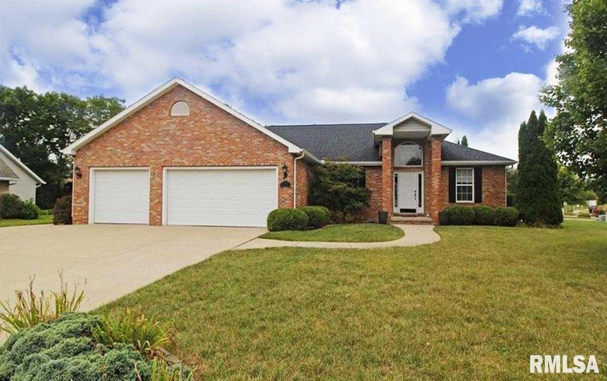 $333,900 - 3Br/3Ba -  for Sale in Fox Creek, Morton